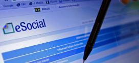 Contratações e demissões passam a ser comunicadas pelo eSocial