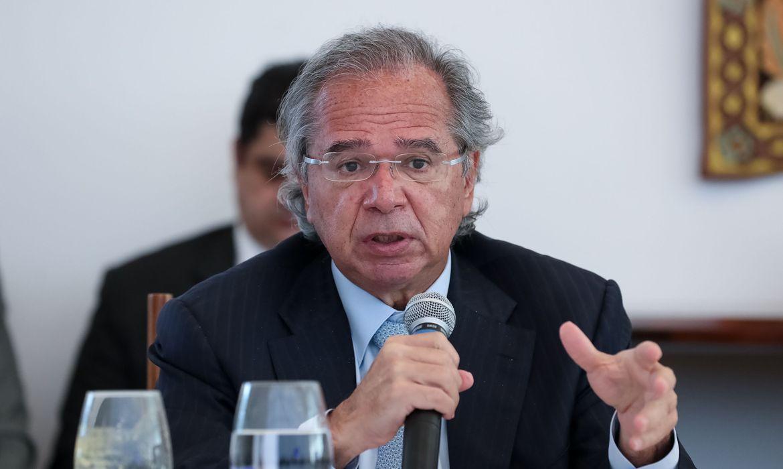Ministro da Economia disse que governo não pretende aumentar impostos